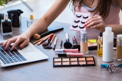 How to Start a Beauty Blog in 6 Simple Steps: Define Your Beauty Niche and Brand