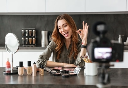 How to Start a Beauty Blog in 6 Simple Steps: Devise a Money-Making Strategy